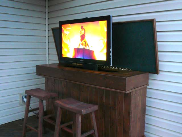 cool outdoor bar and tv lift avs forum home theater. Black Bedroom Furniture Sets. Home Design Ideas